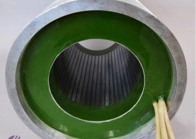 Z epoxy-em zalit vretenski motor